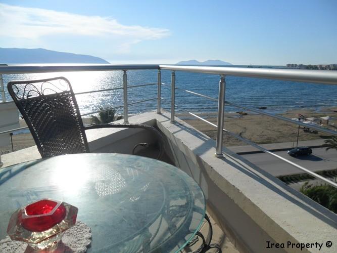 Apartament per shitje me pamje nga deti